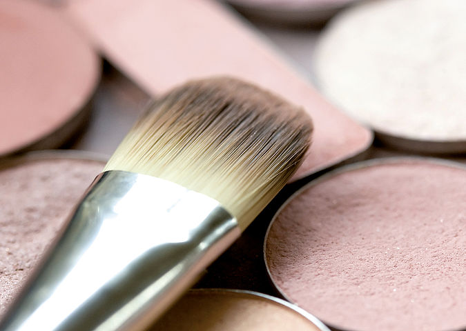 The safety and harmlessness of skin care and decorative cosmetics must be demonstrated by marketability certification.